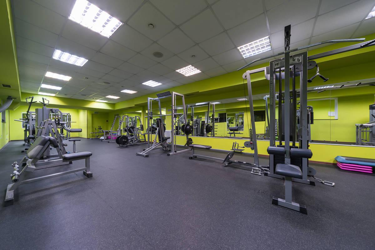 Фитнес клуб в москве сколько стоит клуб новинки в москве